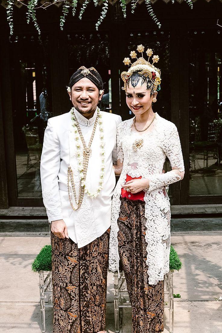 Pernikahan Adat Jawa Kunto dan Dewi di Jakarta