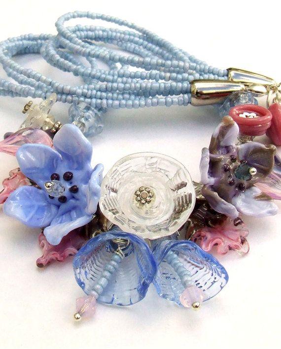 Murano collana di fiori, Bouquet di rosa-blu cielo, festivo vetro collana, stile romantico, colori pastello, regalo unico