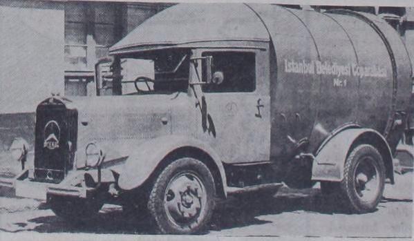Otomatik çalışan ilk çöp kamyonu İstanbul'da (1936)