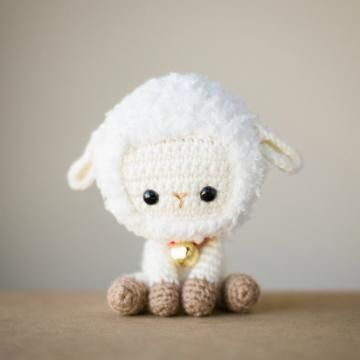 Lambert the lamb amigurumi pattern