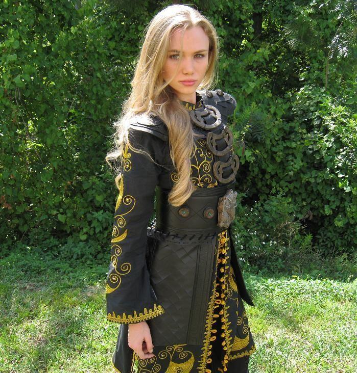 ELIZABETH SWANN COSTUME SINGAPORE DRESS JACK SPARROW