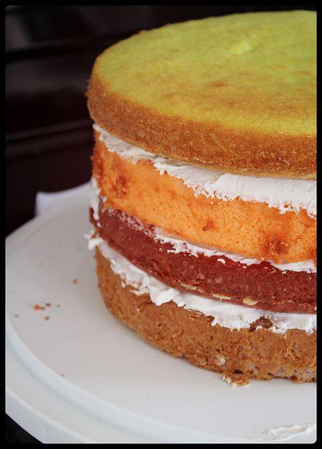 gateau01 by { Xana }, via FlickrRainbow Cake, Gâteau Arc-en-ciel http://www.kraftcanada.com/recipes/gateau-arc-en-ciel-161054