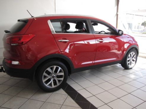 Junk Mail - Your King of Local Classifieds2015 Kia Sportage 2.0L CRDi A/T (4x2) •30 000 kms •R 365 000  •Nudge Bar (Value=R 6400) •Towbar (Value= R 5300) •Rear Styling  Bar (Value=R1400) •Rear PDC (Value=R 1400) •Rear-view Camera (Value=R4200) •Roof Rails (Value=R4200) •4 Cylinder Turbo Charged •Automatic (6 Speed)  •DIESEL •130kW at 4000 •Auto Traction Control •Climate Control + Aircon •Auto Headlights •6 x Airbags •Alloy Wheels •Balance of 5 Years / 150 000kms Factory…