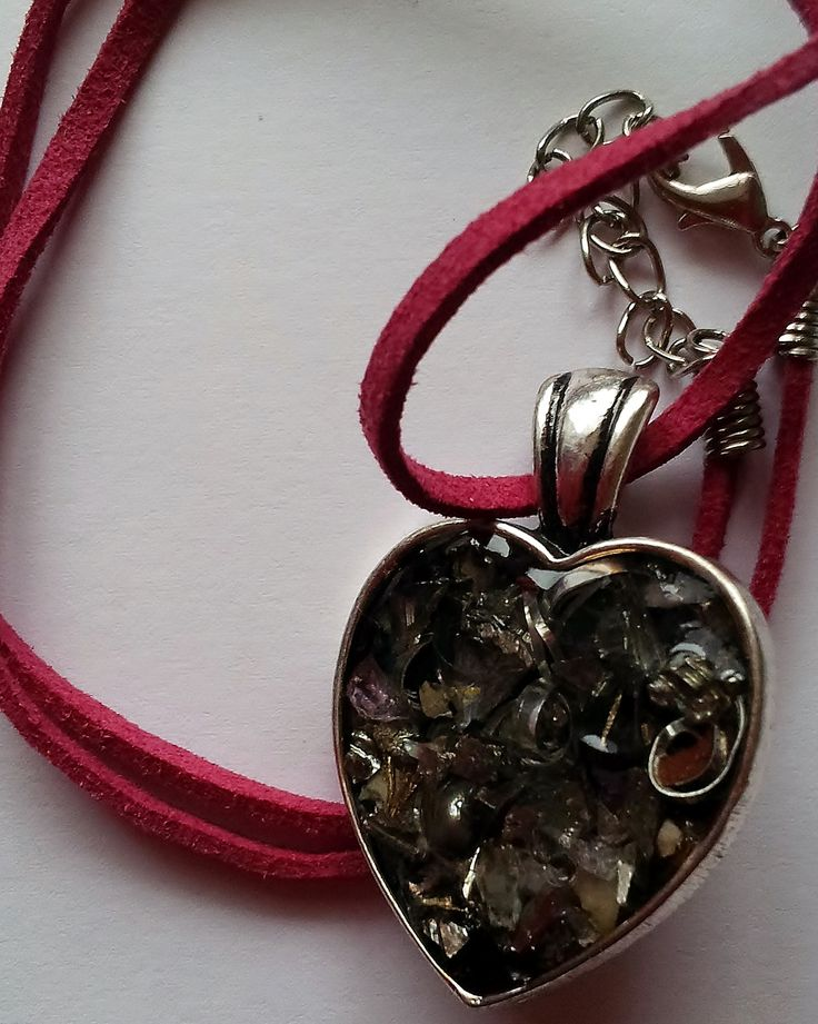 Hanger hart van Orgonite
