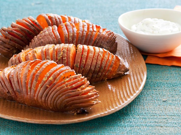 Hasselback Sweet PotatoesOlive Oil, Food Network, Sidedishes, Side Dishes, Sweets Potatoes Recipe, Healthy Side, Eating, Sweet Potato Recipes, Hasselback Sweets