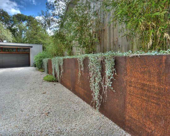 steel retaining wall with dichondra - Wall Garden Design