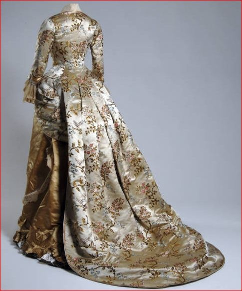 Emile Pingat, Silk Brocade Dress, French, 1878. (View 2)