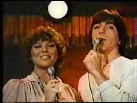 Joanie loves Chachi..Ohh, I loved the theme song!! I used to sit in front of the tv and sing my heart out! Ha!!