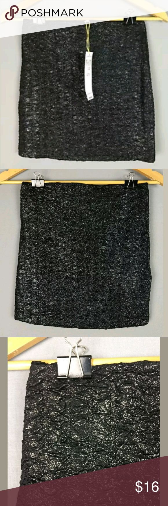 New BCBGeneration Gunmetal Metallic Mini Skirt Measurements/condition are in the pics. Let me know if you have any questions! Unlined, textured and stretchy. BCBGeneration Skirts Mini