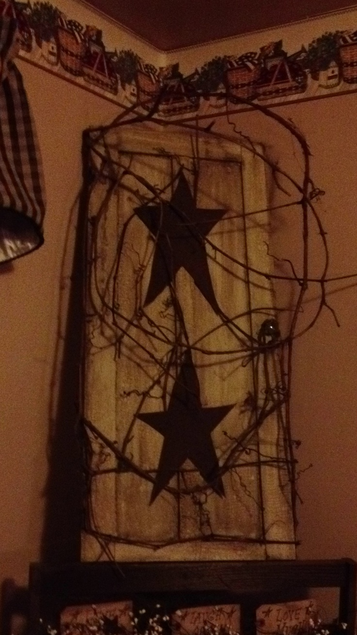 Rustic stars for crafts - Old Cupboard Door With Grapevine And Metal Stars Primitive D Corprimitive Craftscountry