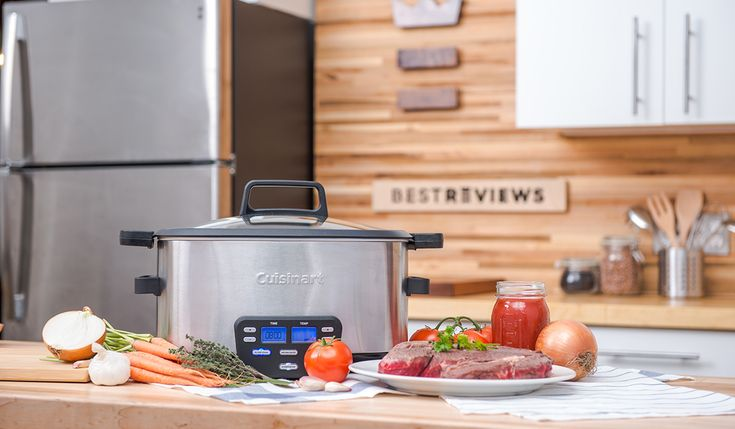 Whether you're a slow cooker fanatic or just pull yours out on game day, we've researched the top three slow cookers of 2017. Plus, we included a handy shopping guide.