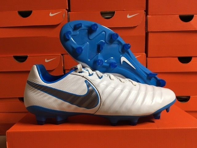 New Nike Men S Tiempo Legend 7 Pro Fg Cleats White Cool Grey Blue Hero Size 9 Fashion Sporting Goods Teamsports Soccer Ebay Nike Men New Nike Blue Grey