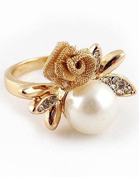 Gold Diamond Flower Pearl Ring