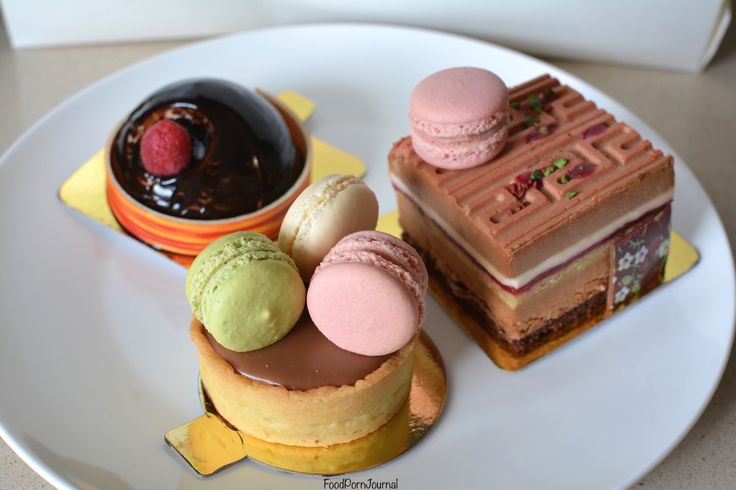 If you've been reading my blog for a while, you'll know that I have a massive sweet tooth. I LOVE dessert! So I thought it was about time I did up a list of my favourites in Canberra. I…