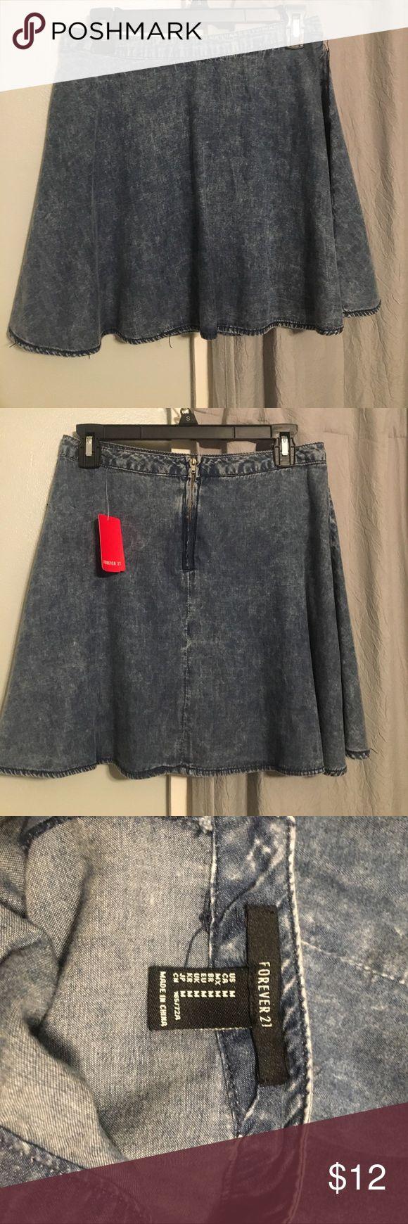 Forever 21 Denim Skater Skirt new with tags! Forever 21 Acid Wash Denim Skater Skirt Forever 21 Skirts Circle & Skater