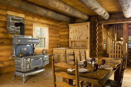 Log Cabin In The Woods Interior Photo 1 A Cabin For