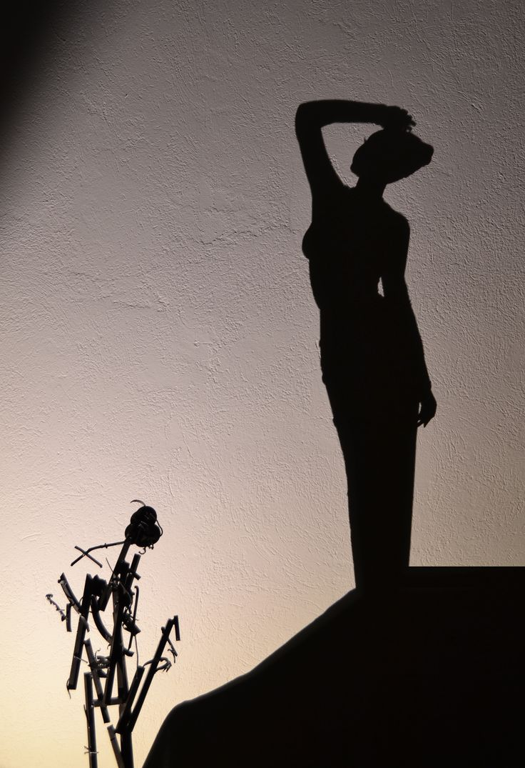 title ''girl with black velour dress''... #shadow #shadowart #light #lightandshadow #shadowartist #greece #greekartist #greekart #shadowtechnique
