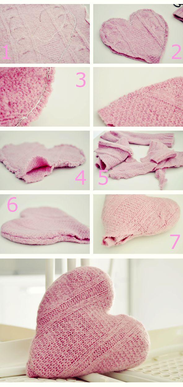 http://ourcreativebox.blogspot.it/ DIY pillow heart