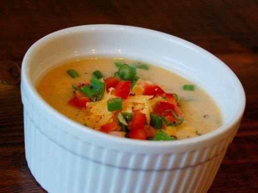 ¿No tienes tiempo de cocinar? Intenta esta receta de sopa de pollo ridículamente fácil y baja en carbohidratos. ¡Y solo usa 4 ingredientes!Ahora que las fe