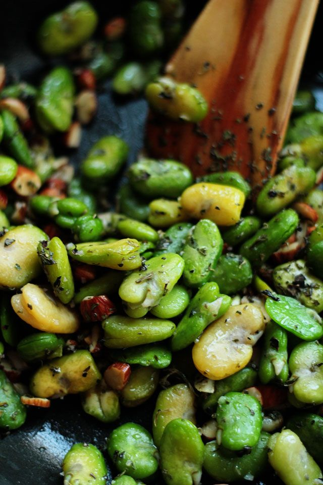 Fava Bean, Garlic, And Herb Crostini Recipe — Dishmaps