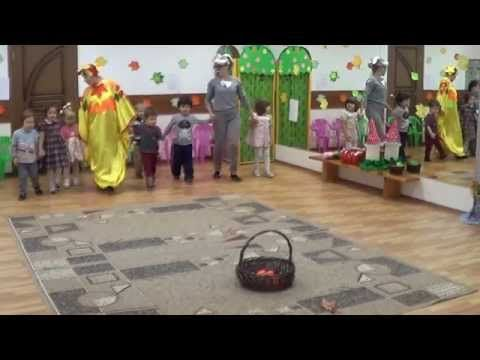 Танец Грибочков 3 года Праздник Осени Сценарий Детский клуб Капитошка www.kapetoshka.ru - YouTube
