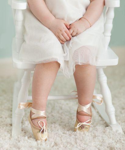Ballerina: Little Girls, Future Dancers, Dancers Feet, Baby Ballerinas, Baby Girls, Ballerinas Girls, Tiny Dancers, Ballet Shoes, Ballerinas Shoes