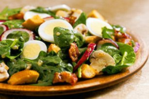 Sweet Onion Spinach Salad with Mushrooms, Bacon and  Egg Slices