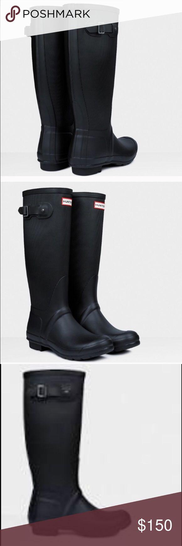 Brand new hunter black rain boots New in box US size 8 Hunter Boots Shoes Winter & Rain Boots