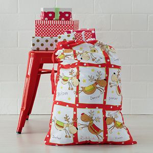 A great way to store Christmas presents for the kids (and adults!), this design featuring Santa's reindeer helpers will bring plenty of festive cheer to the home.
