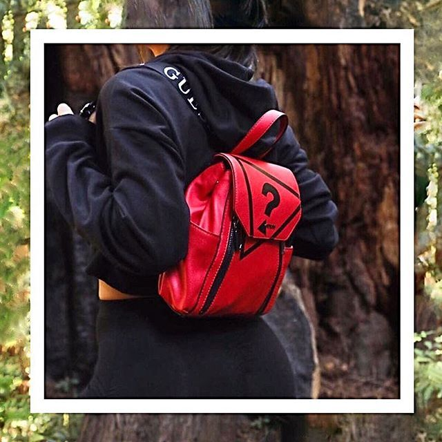 97448ecf9cf Guess Urban Sport  backpack  fw18  bag  accessories  moda  style  elegant   boutique  fashion  look  photography 1 3  loveguess  michelematuro  guess