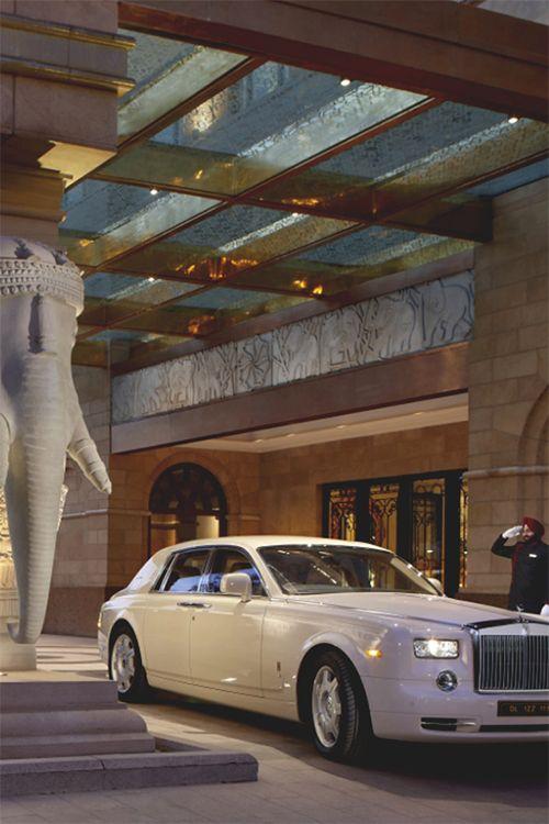 Lady Loves Luxury