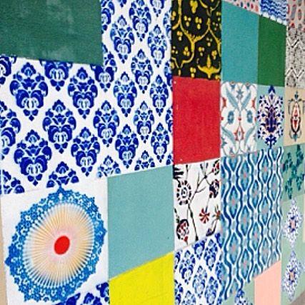By @heavensdoor.istanbul on Instagram ☆2017/06/30 22:58:34 ☆ ☆. istanbulの街中アート❤️ .  壁一面がタイル柄✨ . またいつの日かトルコに住めると良いなぁ . . ------------------------------ . 【トルコランプ作り体験】 . 世界に一つだけのオリジナルランプ作りませんか?✨ . 初回は7月9日(日)! . 詳細はブログにて。 http://ameblo.jp/kozufado52/entry-12283149094.html - - #heavensdoor #ヘヴンズドア #トルコ雑貨 #トルコランプ #ガラス #モザイクランプ #ストール  #アクセサリー #インテリア #雑貨 #インテリア雑貨 #デザイン #キリム #オヤ #白楽 #横浜 #トルコ #イスタンブール #ハンドメイド #一点物 #トルコランプ体験 #トルコランプ教室 #トルコランプ作り #ワークショップ #モザイクランプ作り  #trip #旅 #art . ▼実店舗 『Heaven's…