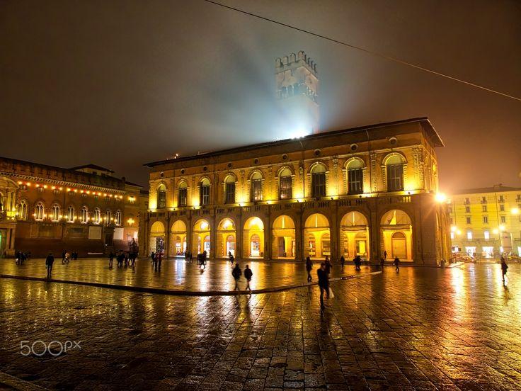 Piazza Maggiore - (Bologna centro, gennaio 2016)
