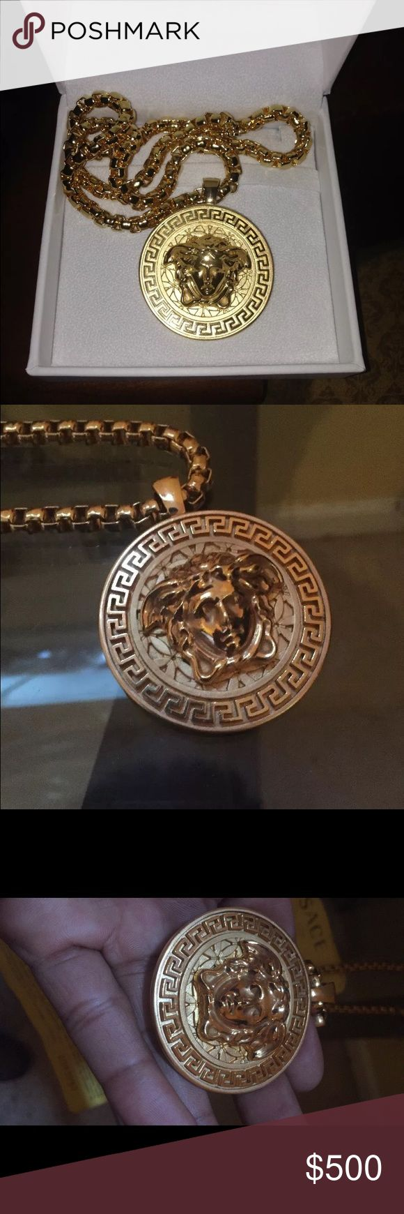 Versace Chain Men's Versace chain comes w/ receipt  worn a handful of times and purchased for my Highschool prom Gold Medusa medallion necklace approx. 24in. in length  Made in Italy. Versace Jewelry Necklaces