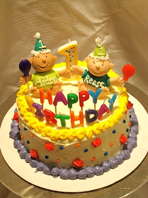 Cake Ideas For Twins First Birthday : 17 Best ideas about Twin Birthday Cakes on Pinterest ...