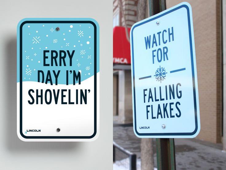Lincoln Nebraska seasonal street signs