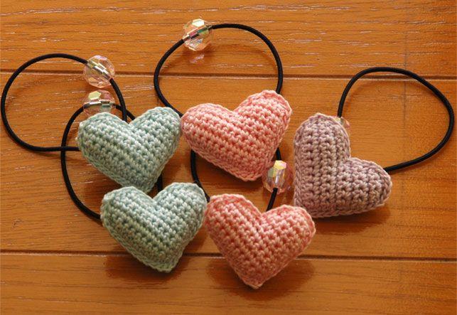 ぷっくりハートのヘアゴム の作り方|編み物|編み物・手芸・ソーイング|ハンドメイドカテゴリ|アトリエ                                                                                                                                                                                 もっと見る