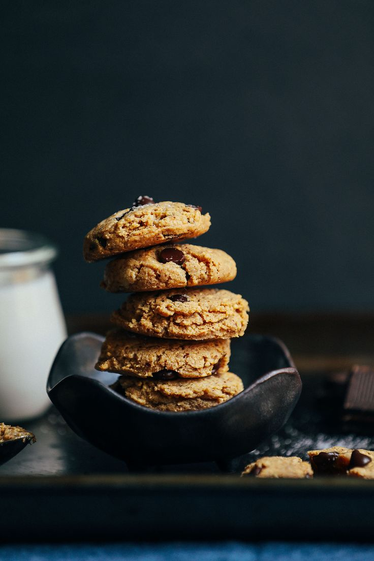 Almond Butter Chocolate Chip Cookies (healthy-ish, almond meal, vegan) | minimalist baker