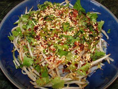 Sichuan liang fen 川味涼粉 (Starch jelly noodles)