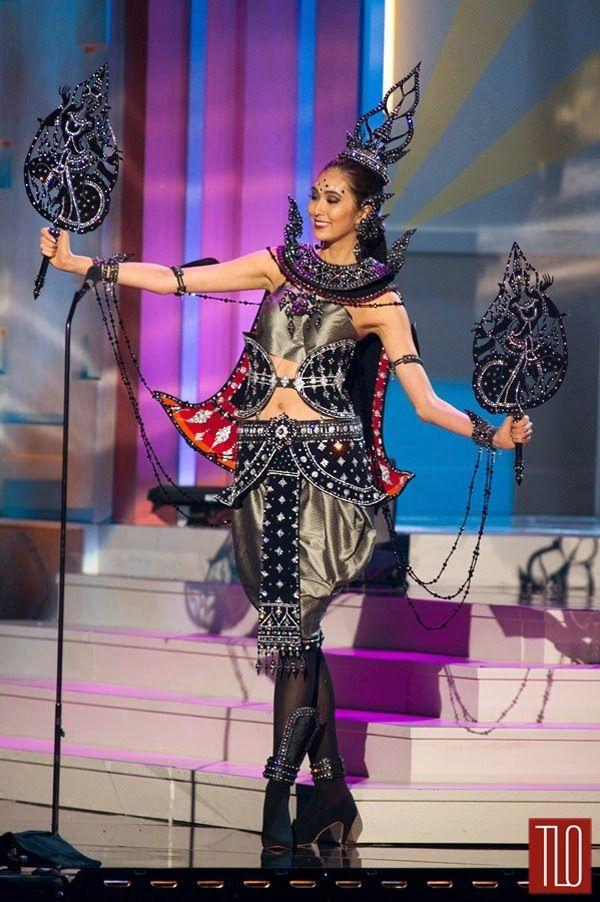 """Vuoden 2014 Miss Universe Muotivaatteiden n Kansallispuvut Osa 1 - """"kaunotar Escape Playground"""""""