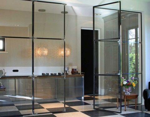 Rijswijk | LodderkeukensLodderkeukens NB: let op de deuren: idee voor kamer/eetkamerscheiding