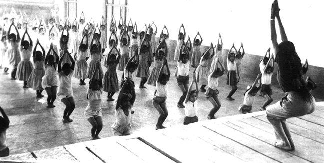 Interview of Geeta Iyengar on Teaching Yoga Philosophy to Children and Teens. Very Interesting.