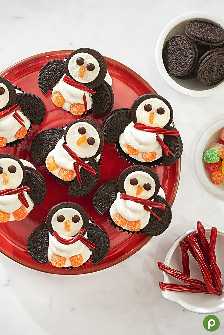 Check out the perfect sweet treat this holiday season: our Polar Penguin Cupcakes. Frost chocolate cupcakes with vanilla frosting, then add the cream side of cream-filled cookies for the head. Add chocolate candies for eyes, and gumdrops for the feet and nose. Finish with a licorice scarf and cream-filled sandwiches cut in half for the wings. Get all the ingredients and yummy candies you'll need at your Publix.