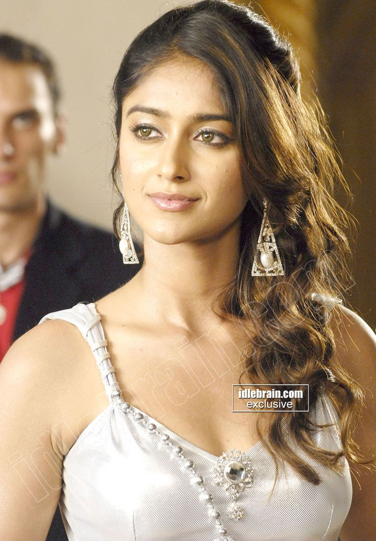 Ileana DCruz hot spicy navel showing latest HD images Ileana d