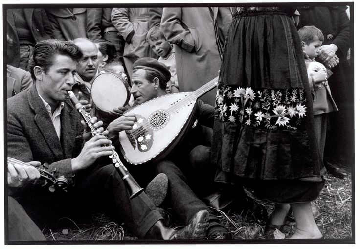 Greece. Thessaly. 1964. Musicians at a festival.