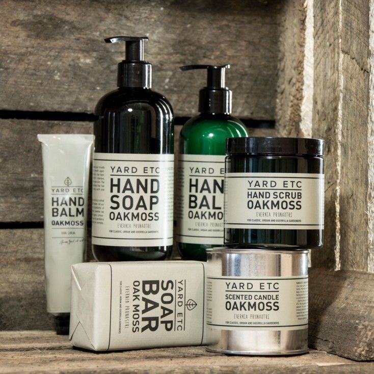YARD ETC Swedish products from Hus & Hem. Hand balms, hand scrubs, hand wash, soap & more.  Like most garden geeks, we like to work with our hands. Preferably without gloves, running our fingers deep into the soil. Much of the feeling and intuition is located in your fingertips, right? However, this is a job that requires care and attention. And for precisely that reason we adore Yard Etc.