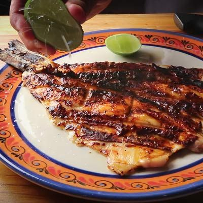 You don't need a monster grill like the one Johnny Hernandez has at El  Machito in San Antonio to make this pescado al la talla. Make it at home  today!