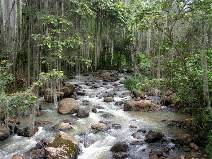 Río Santander en el Cañón del Chicamocha