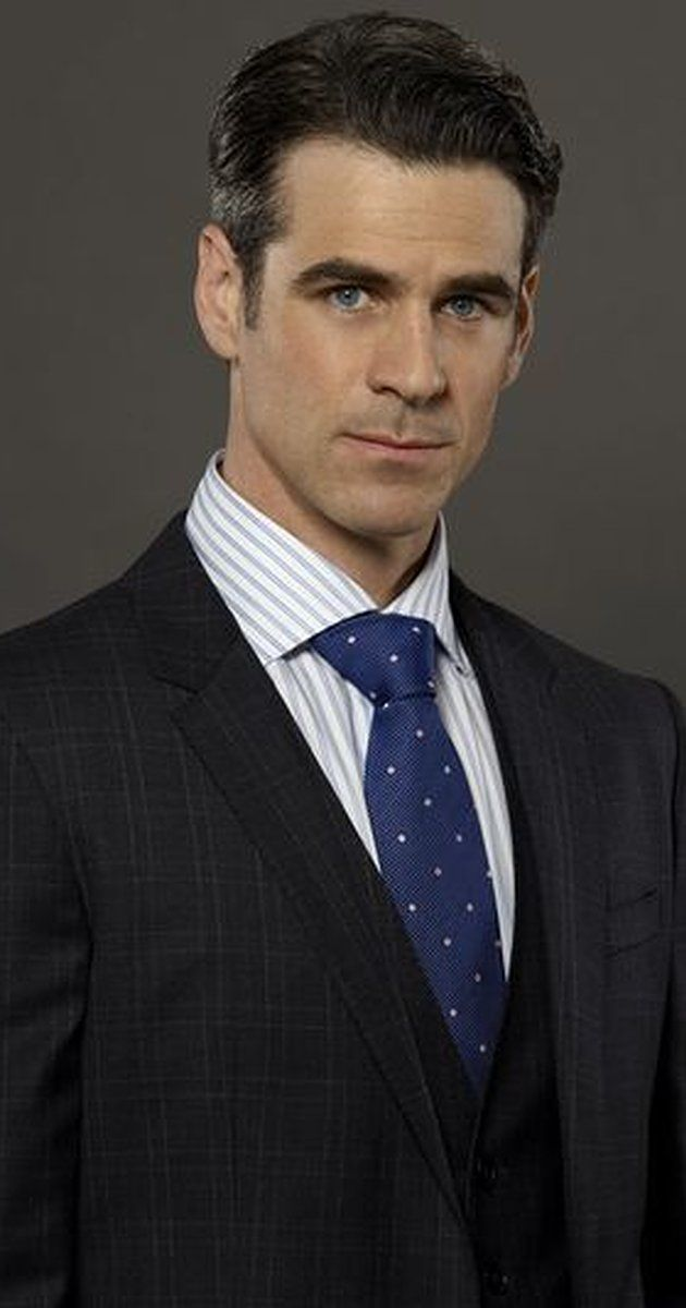 Pictures & Photos of Eddie Cahill - IMDb