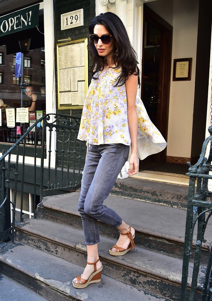 Amal Clooney's weekend-perfect outfit.